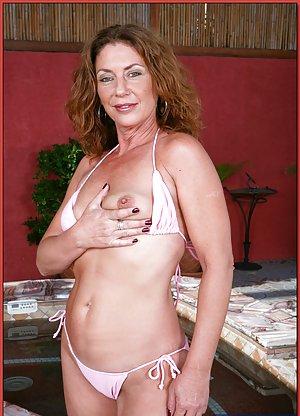 Mature Bikini Photos