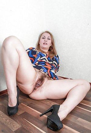 Mature High Heels Photos
