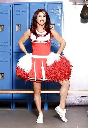 Mature Cheerleader Photos