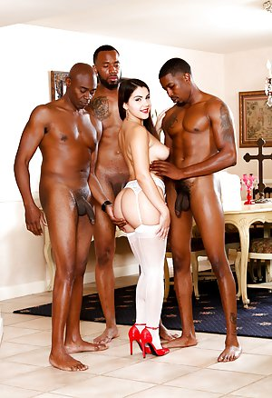 Mature Interracial Sex Photos