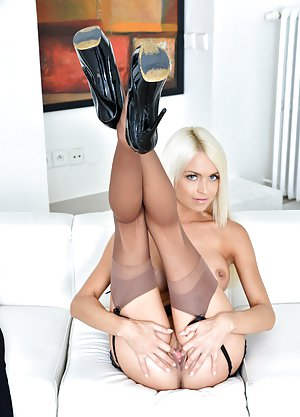 Mature High Heels Photos
