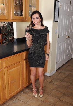Mature Skirt Photos