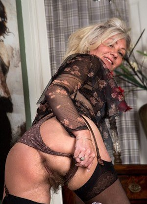 Hot Mature Photos